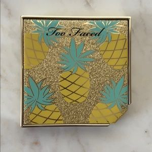 Too Faced Pineapple Paradise Bronzer Highlight